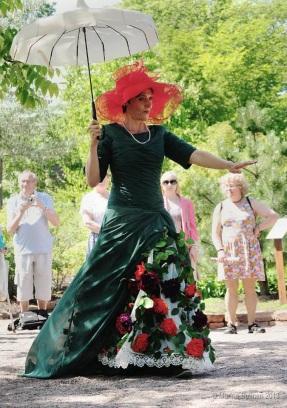 Queen of Roses Benedikte Esperi